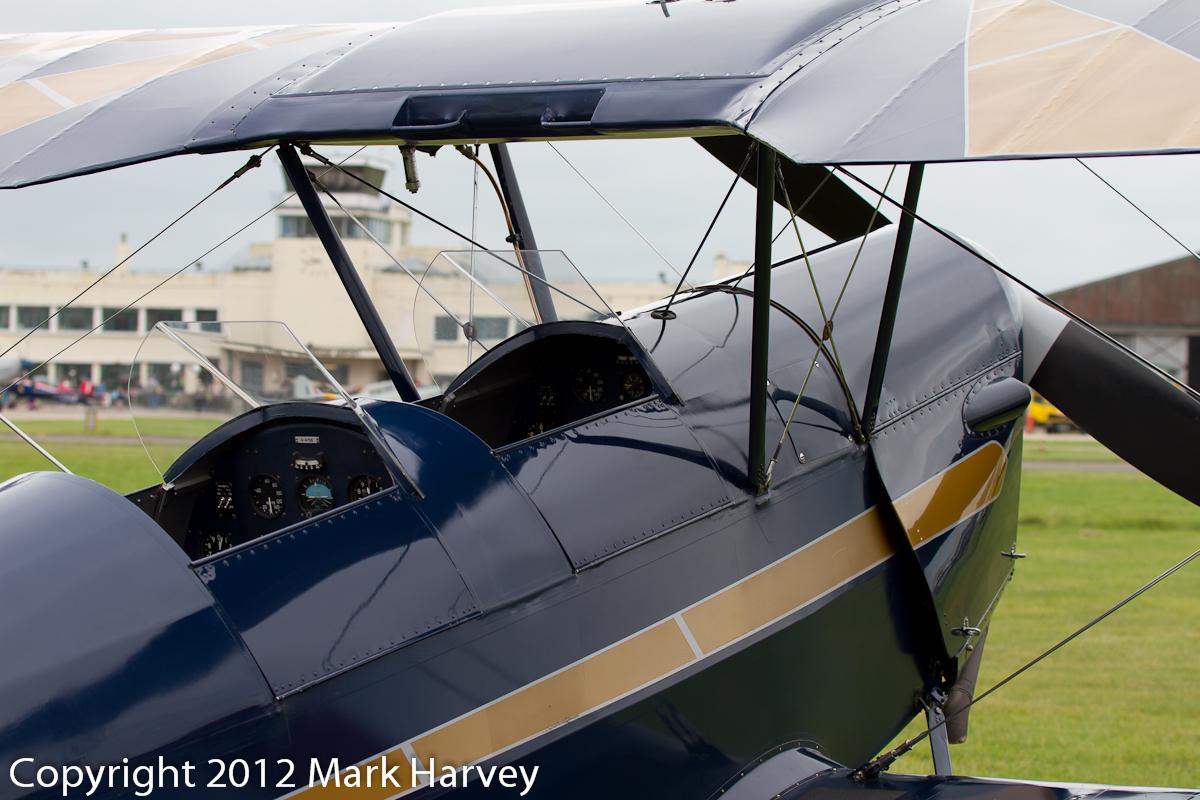 IMAGE: http://www.newquay-plus.co.uk/POTN/Aviation/Shoreham/Shoreham2012_MgdH_010912-4280.jpg